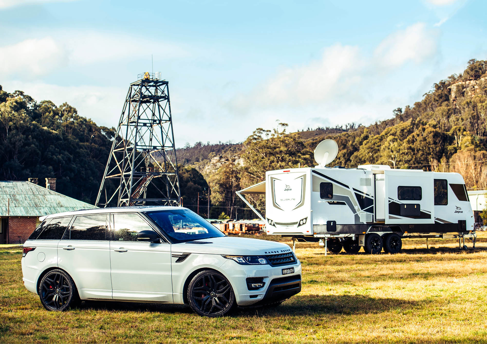 Jayco Outback meets Range Rover Sport