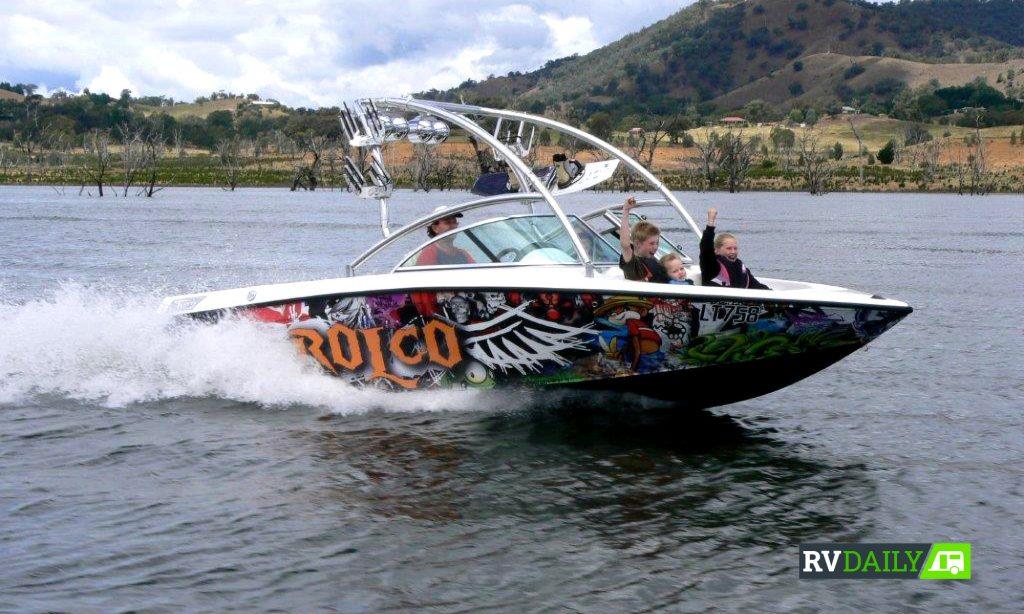 family fishing boat fun