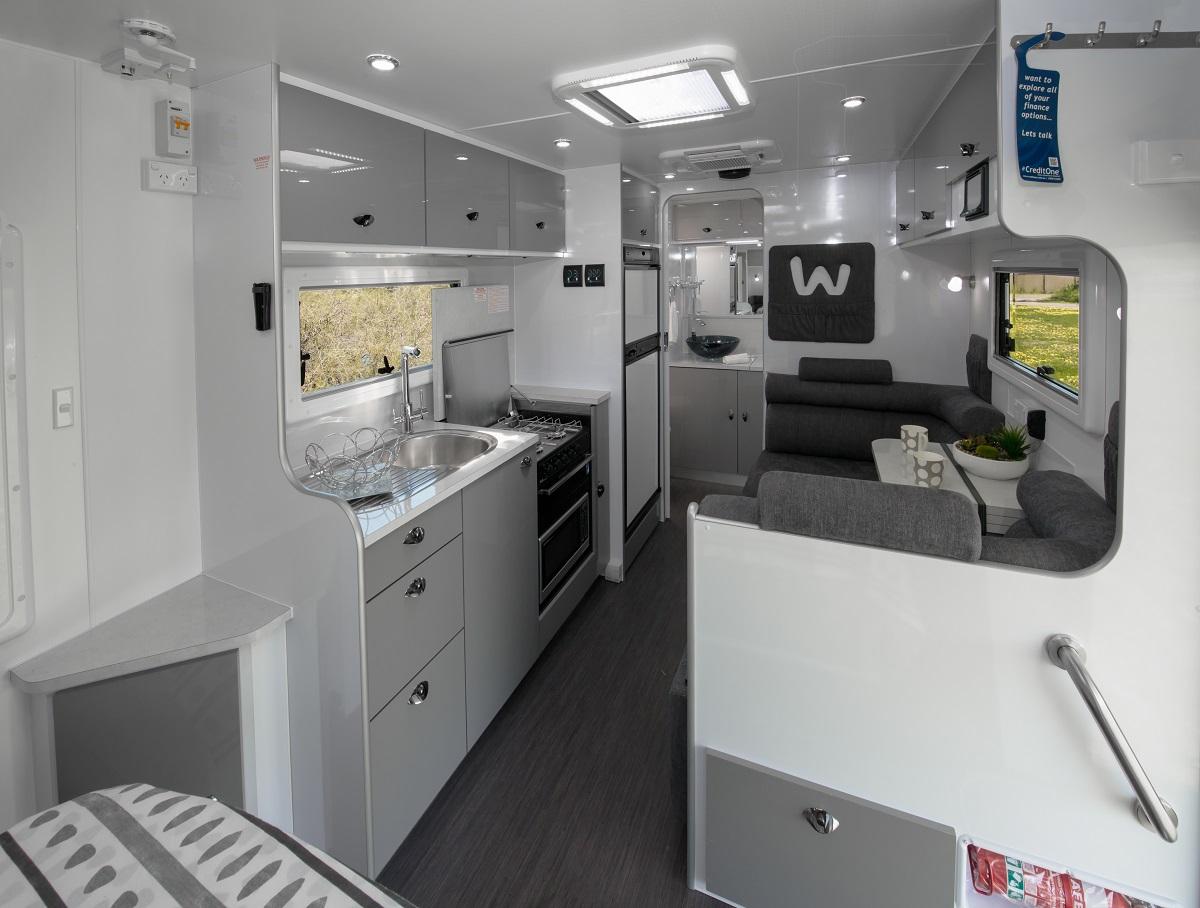Amaroo Hornet interior