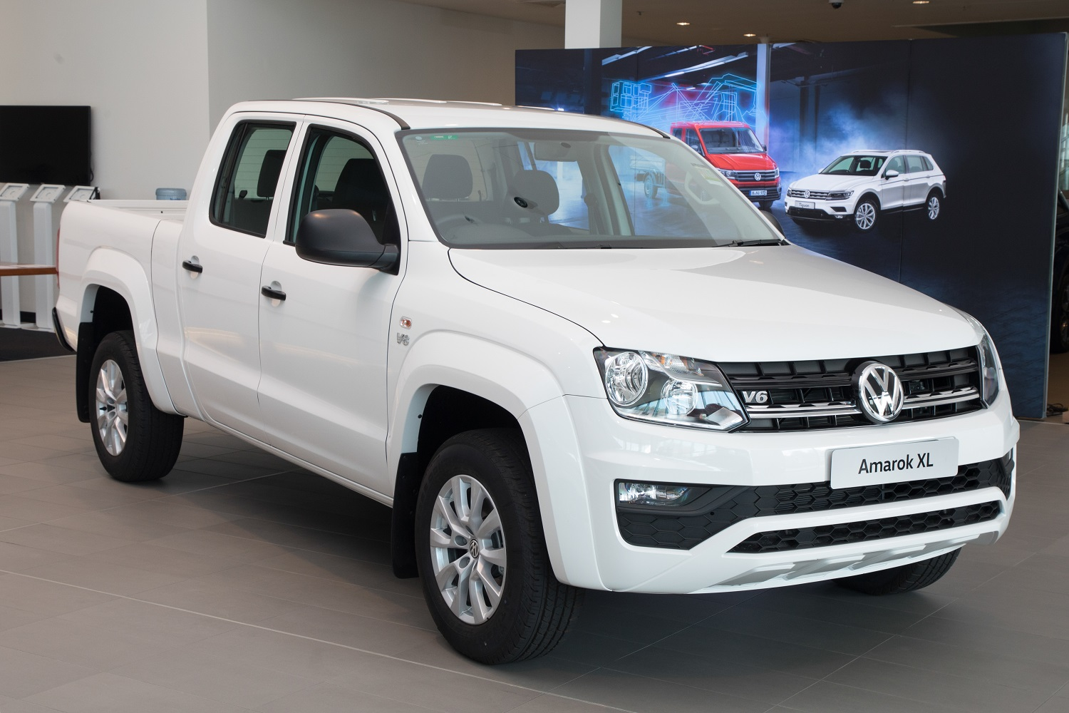 Volkswagen's new factory-backed Amarok XL and XXL is on sale now