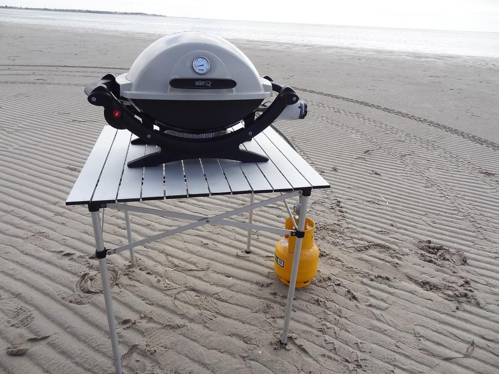 BBQ stands, aluminium table