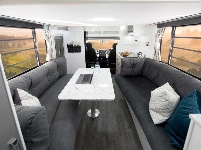 Avida Leura Lounge