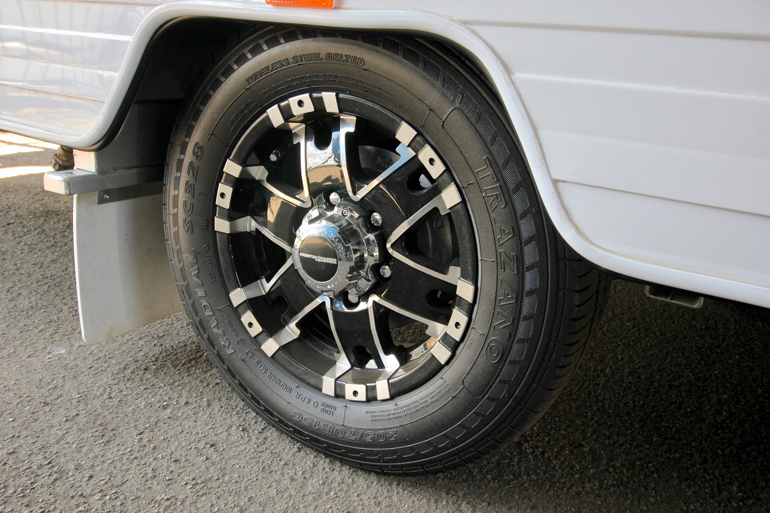 Commercial LT Tyres Are Best For On Road Vans