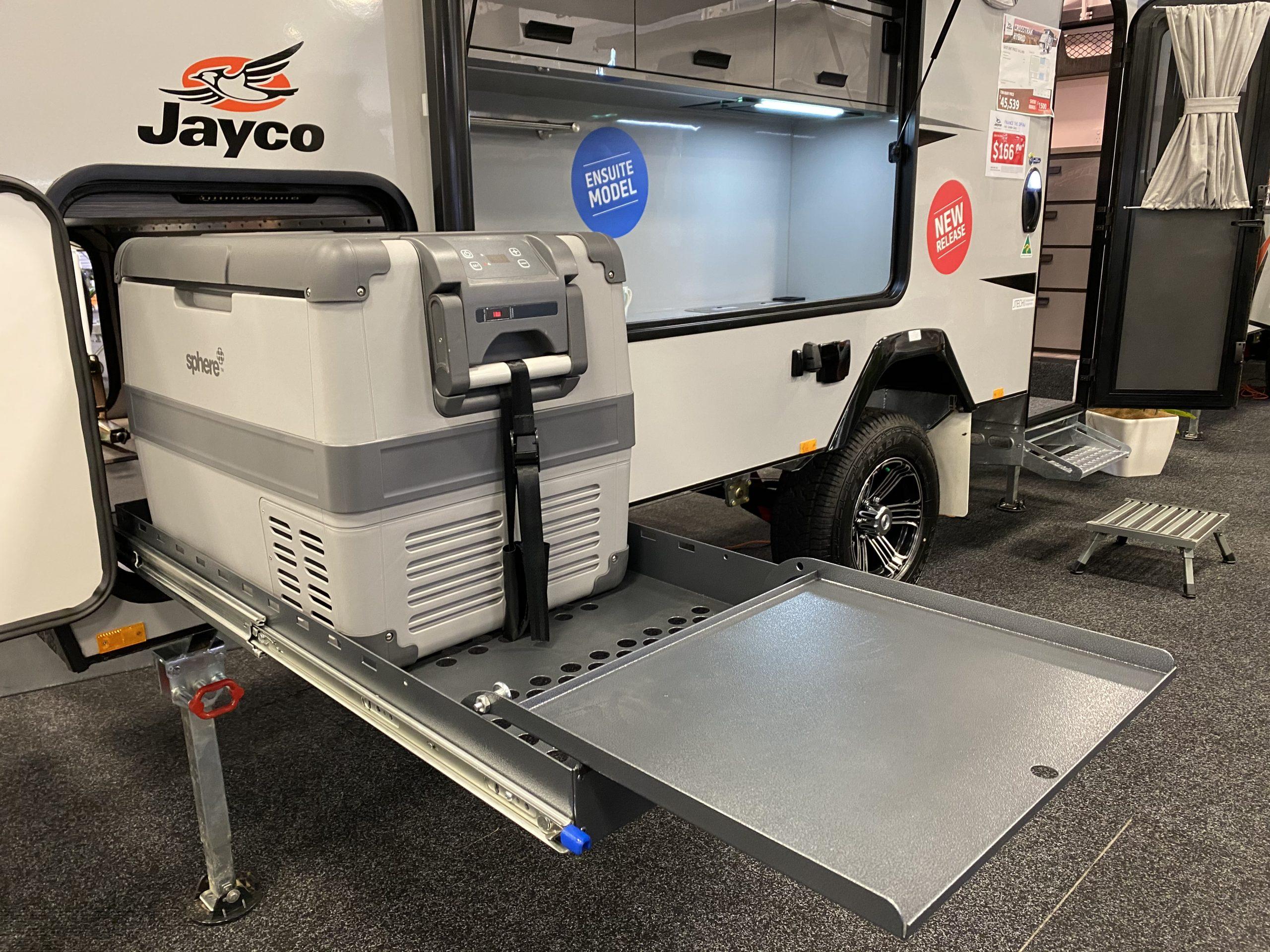 Jayco reveals 16-ft CrossTrak Hybrid with ensuite