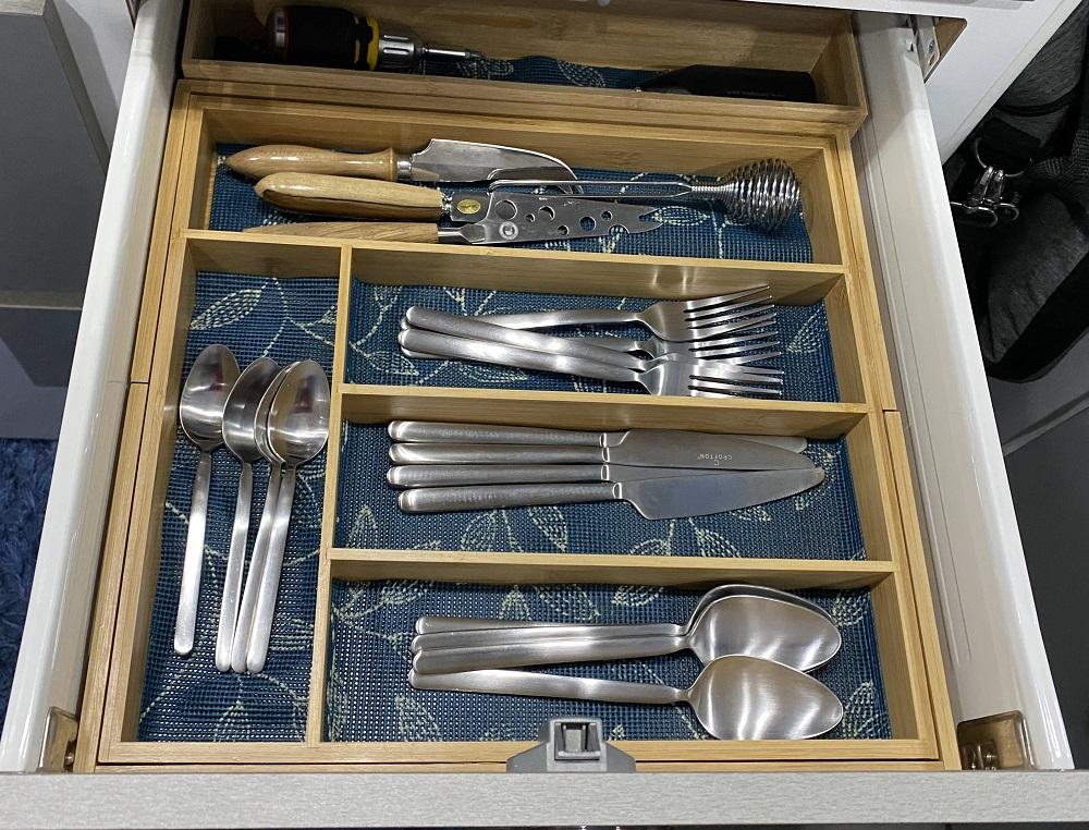 Caravan storage hacks cutlery