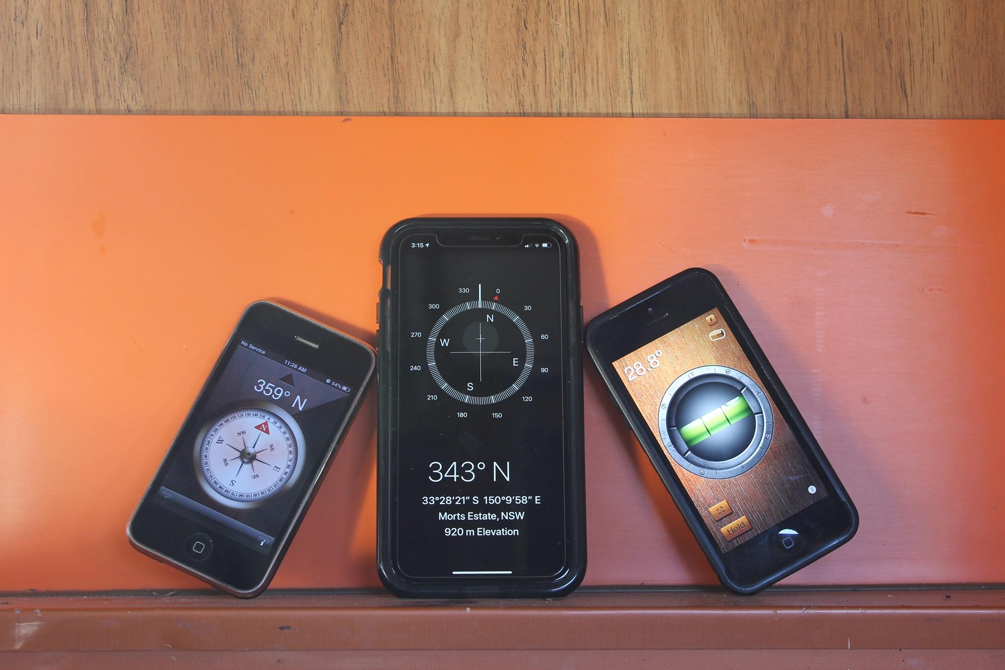 smartphones in a caravan