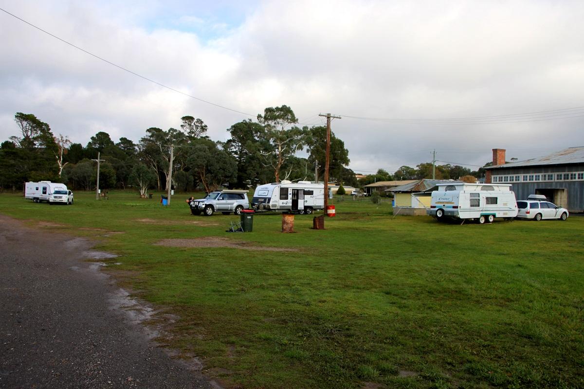 free camping at a showground