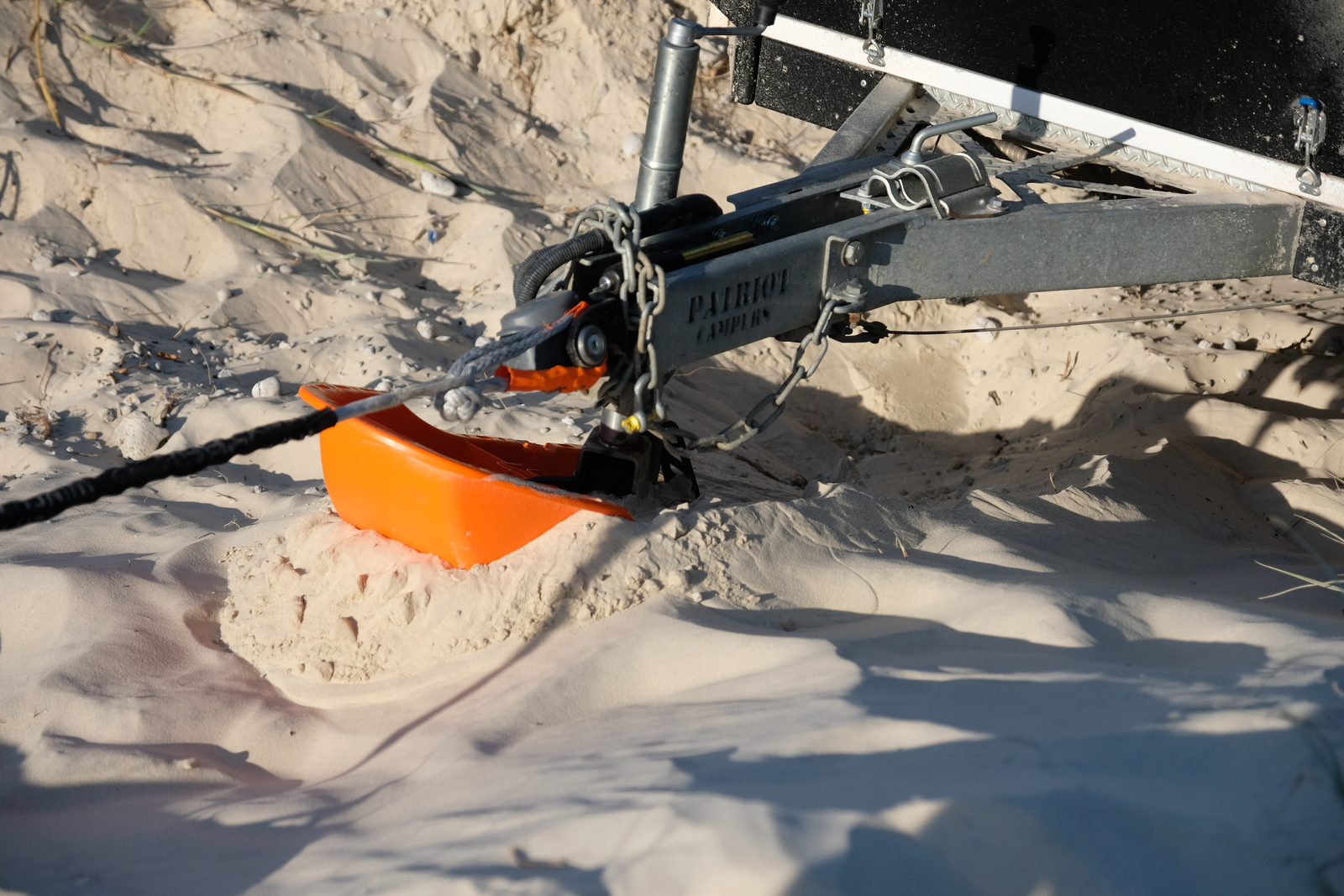 Maxtrax Trailer Skid – a trailer recovery device that's simple