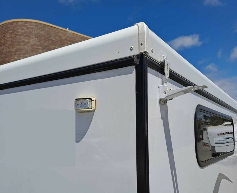 Pop top latches - protruding