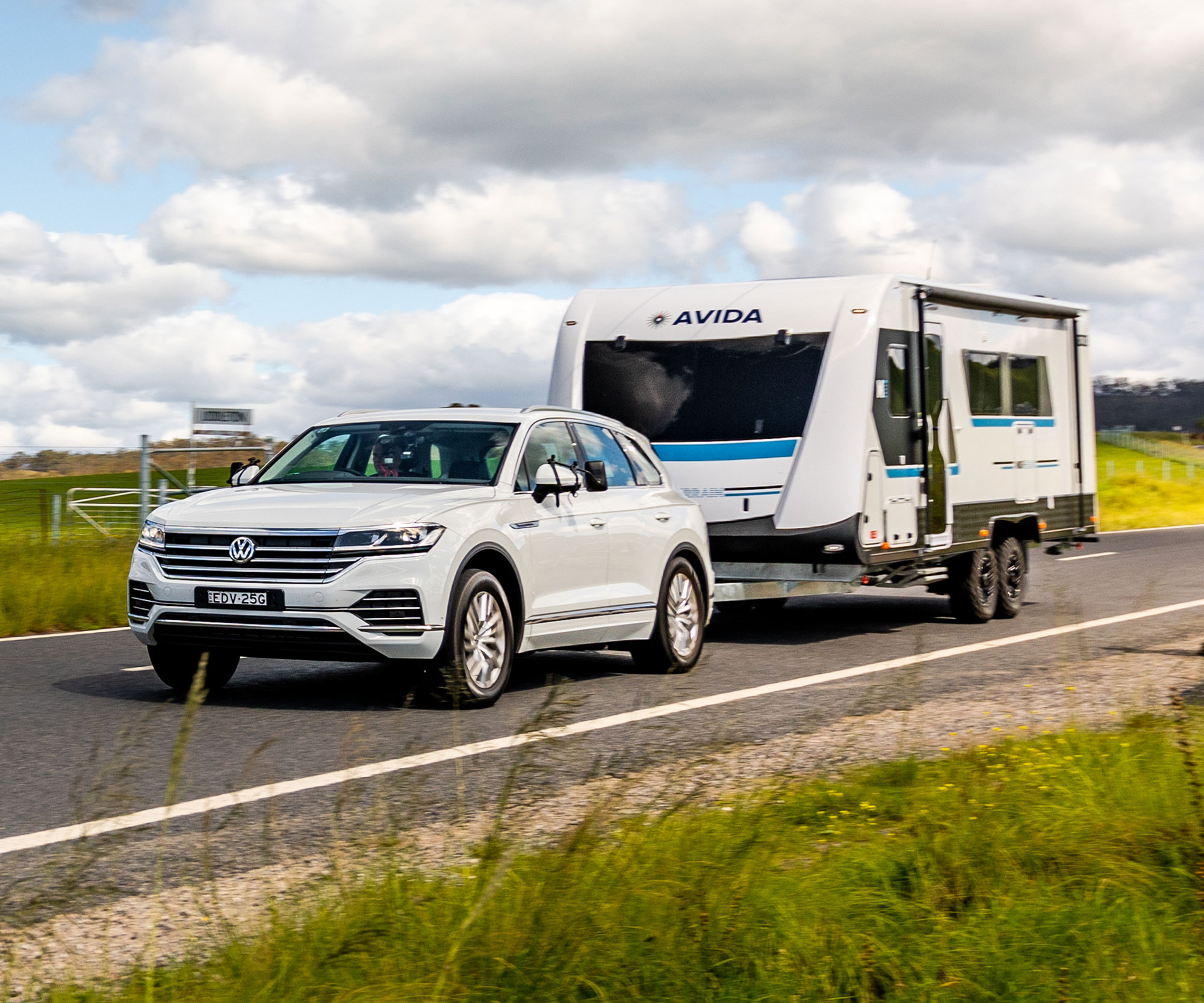 Rvd051 Tow Test Hybrid Tech Comparo German Three Way Audi V Porche V Vw 3c Vw 012 Cropped