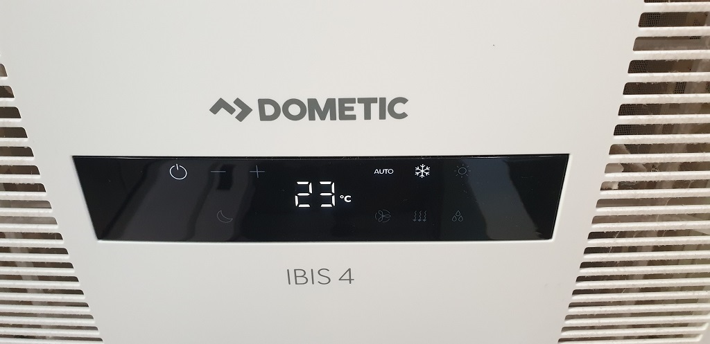 The Display Automatically Dims At Night