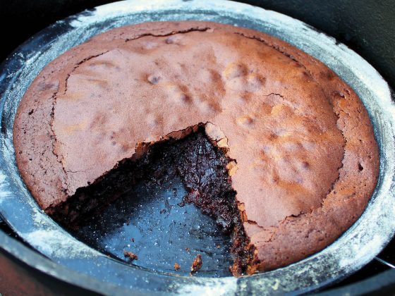 camp oven brownie