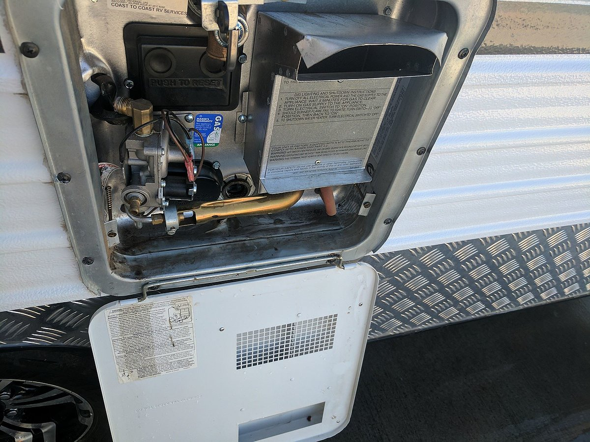 How to replace the anode in your RV hot water system