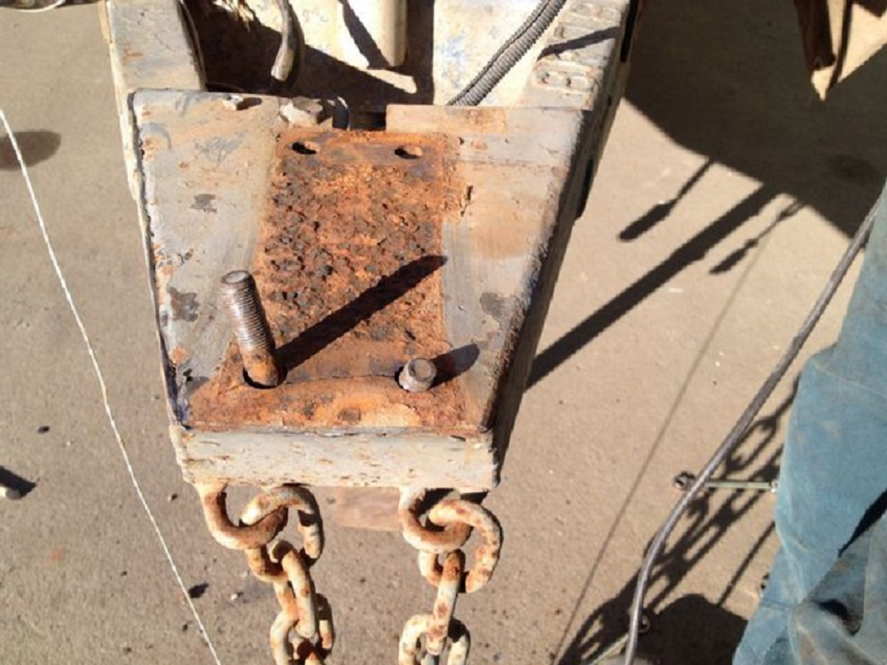 A rusted hitch plate