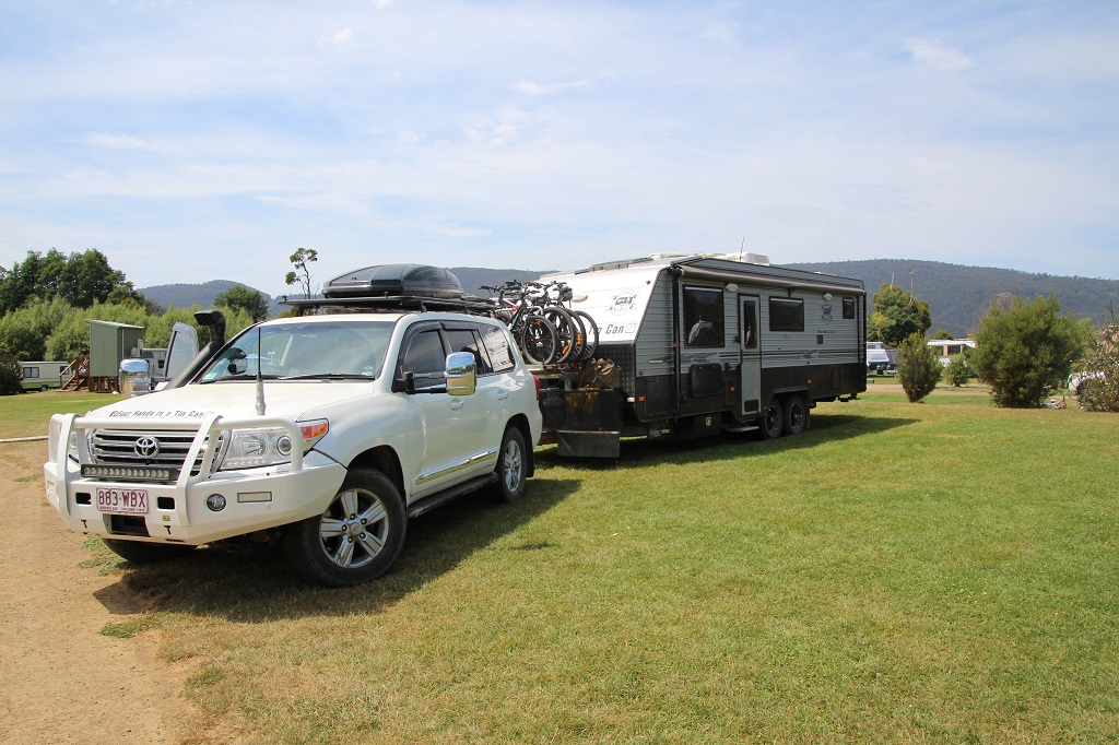 The Tow King. Why they bought a Toyota LandCruiser!